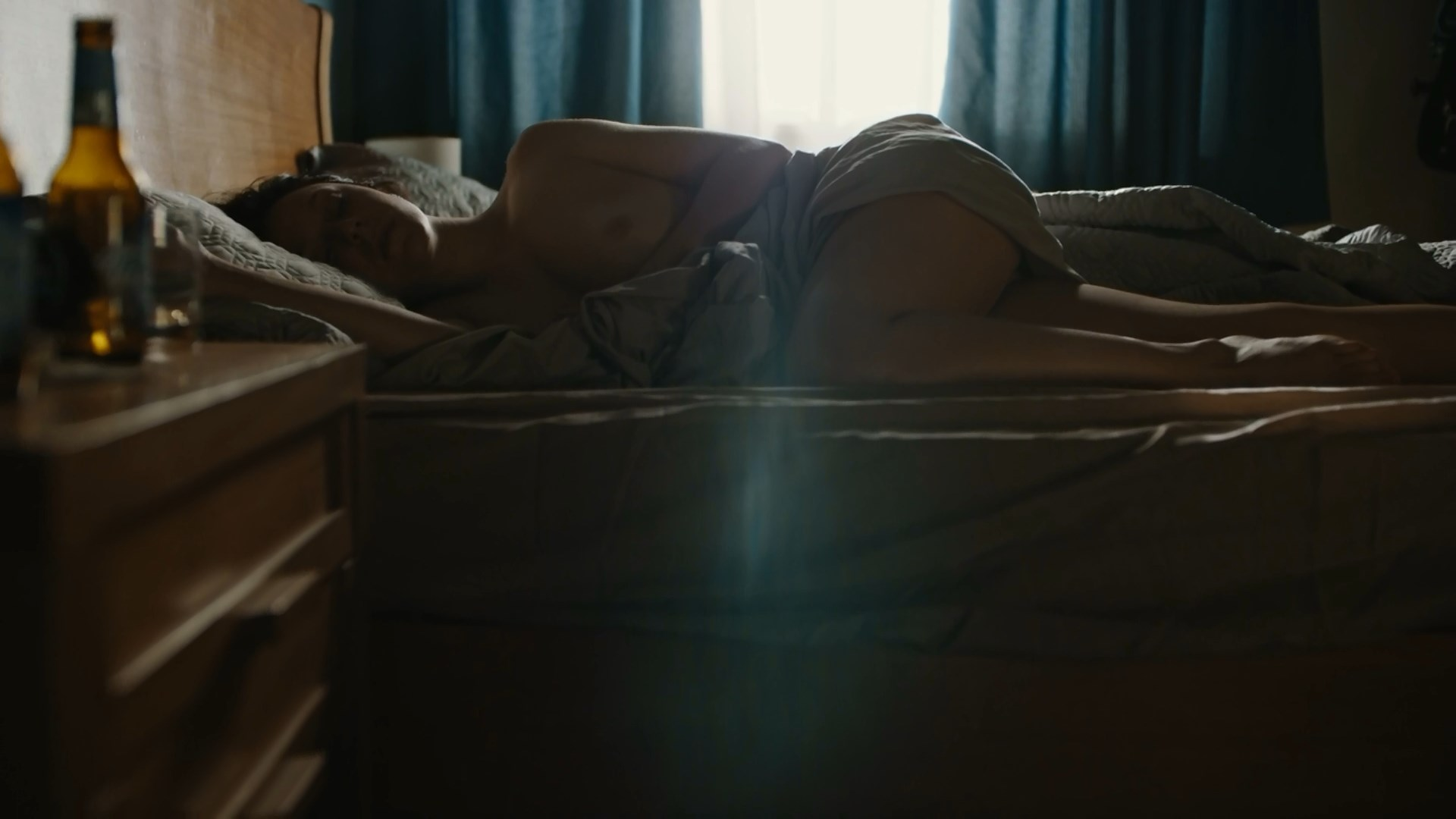 Caroline Abras nude - The Mechanism s02e03 (2019)