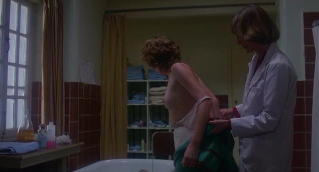 Обнаженная Lisa Langlois - фобия (1980)