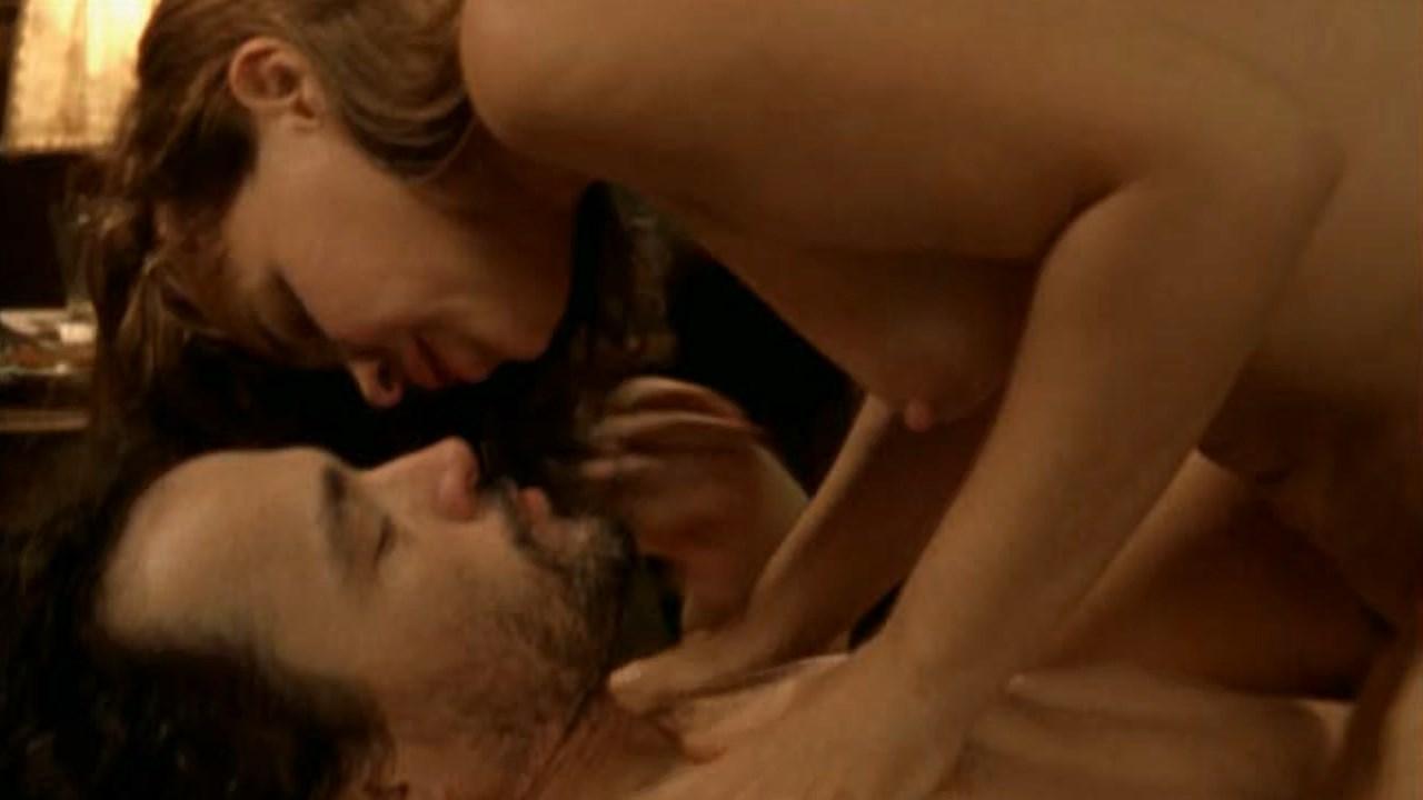Debora Duboc nude - Cabra-Cega (2004)