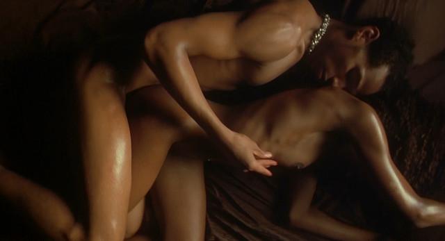 Aliya Campbell nude - Requiem For A Dream (2000)