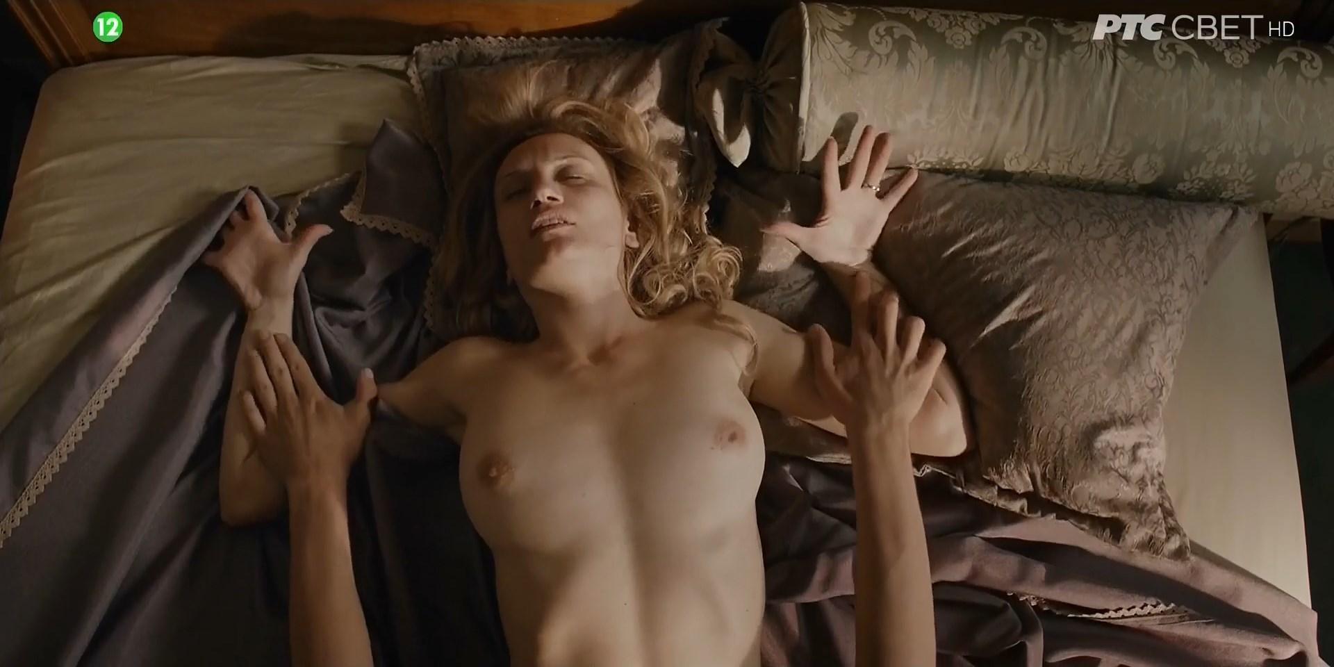 Nackt jelena Jelena Jenson