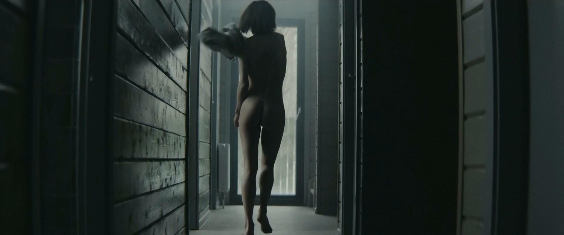 Lukerya Ilyashenko nude - Serezhka (2017)