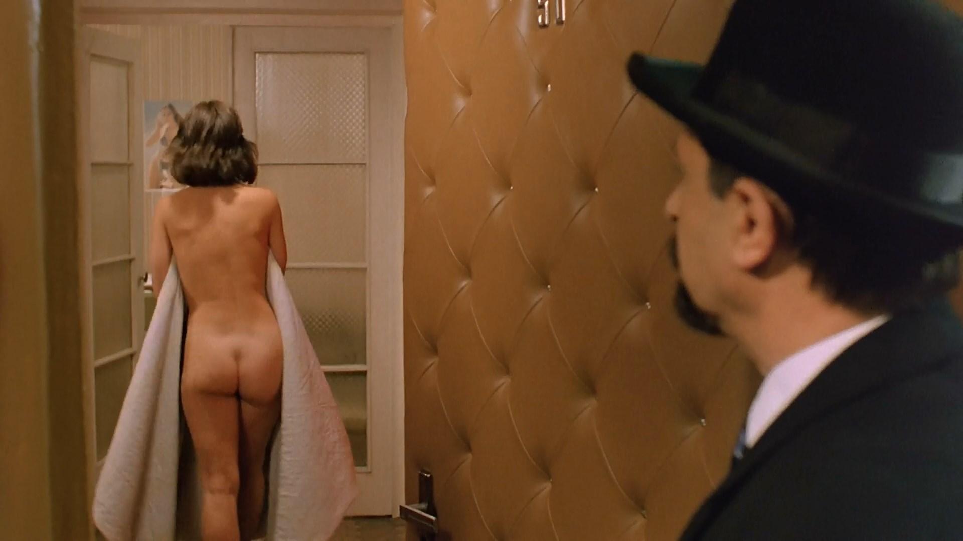 Irina Shmeleva nude - Pasport (1991)