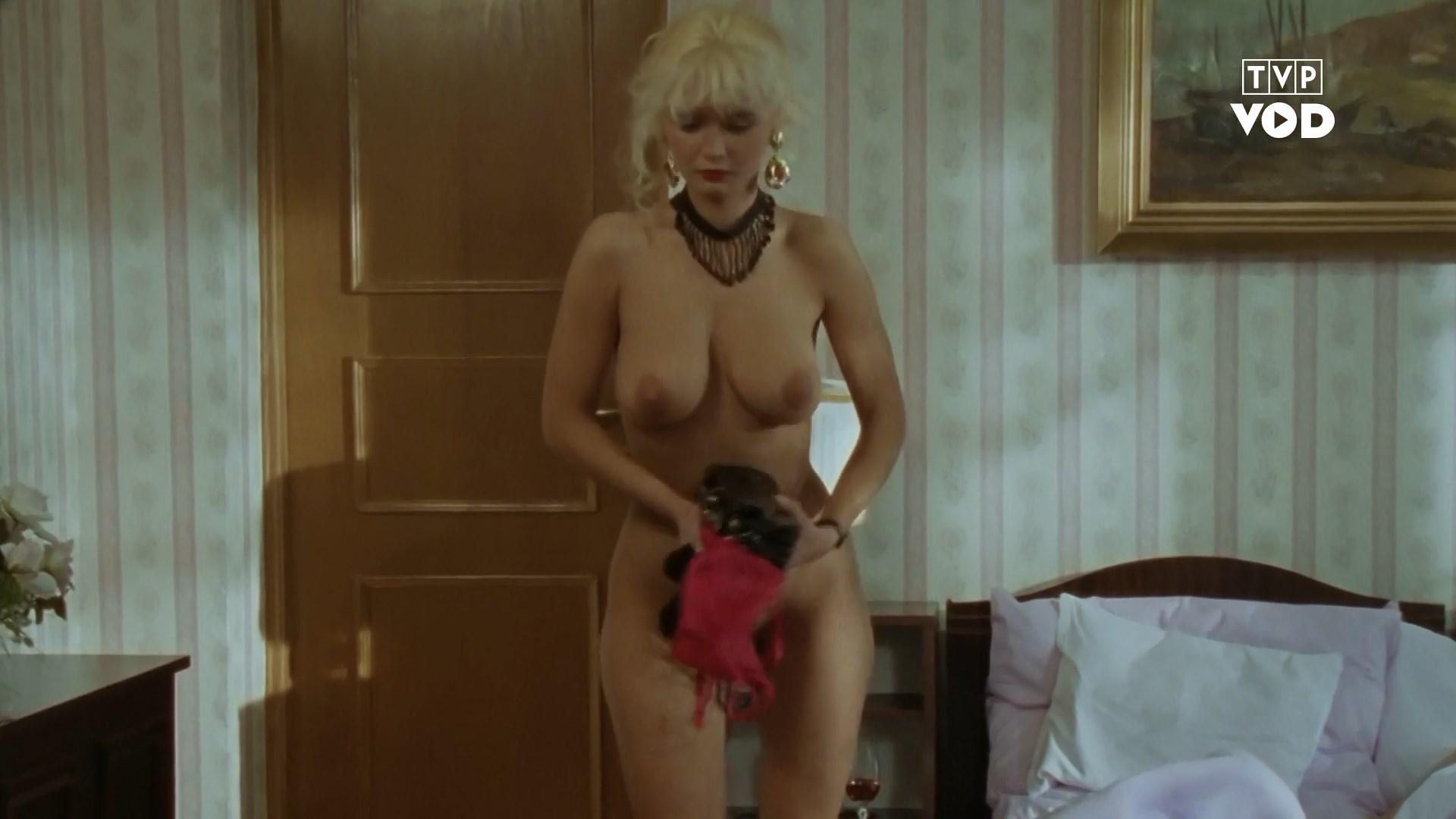 Katarzyna Smiechowicz nude - Sukces (1995)
