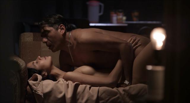 Samantha Castillo nude - Pelo malo (2013)
