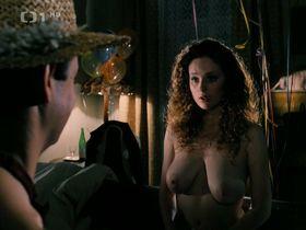 Marketa Hrubesova nude - Andelske oci (1994)