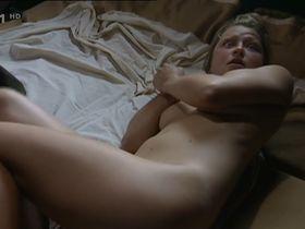 Klara Cibulkova nude - Cerni baroni s01e11 (2004)