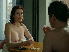 Emmanuelle Devos nude - Arrete ou je continue (2014)