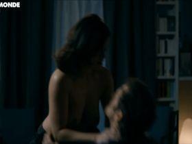 Armelle Deutsch nude - La Chambre noire (2013)
