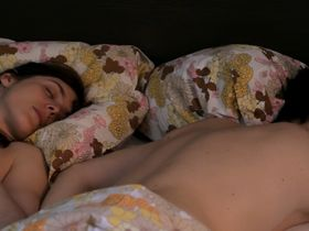 Valerie Donzelli nude - La guerre est declaree (2011)