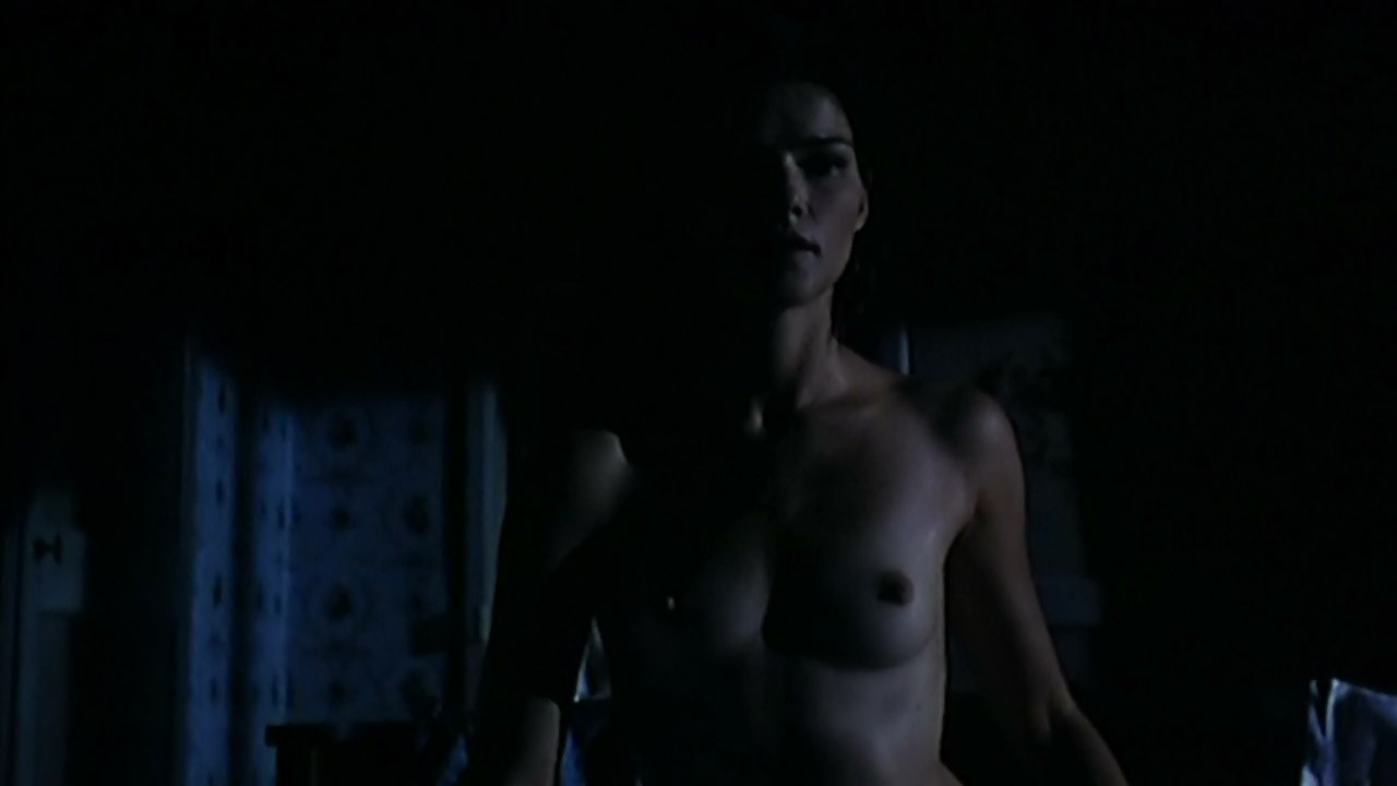 Chiara Caselli nude - Fiorile (1993)