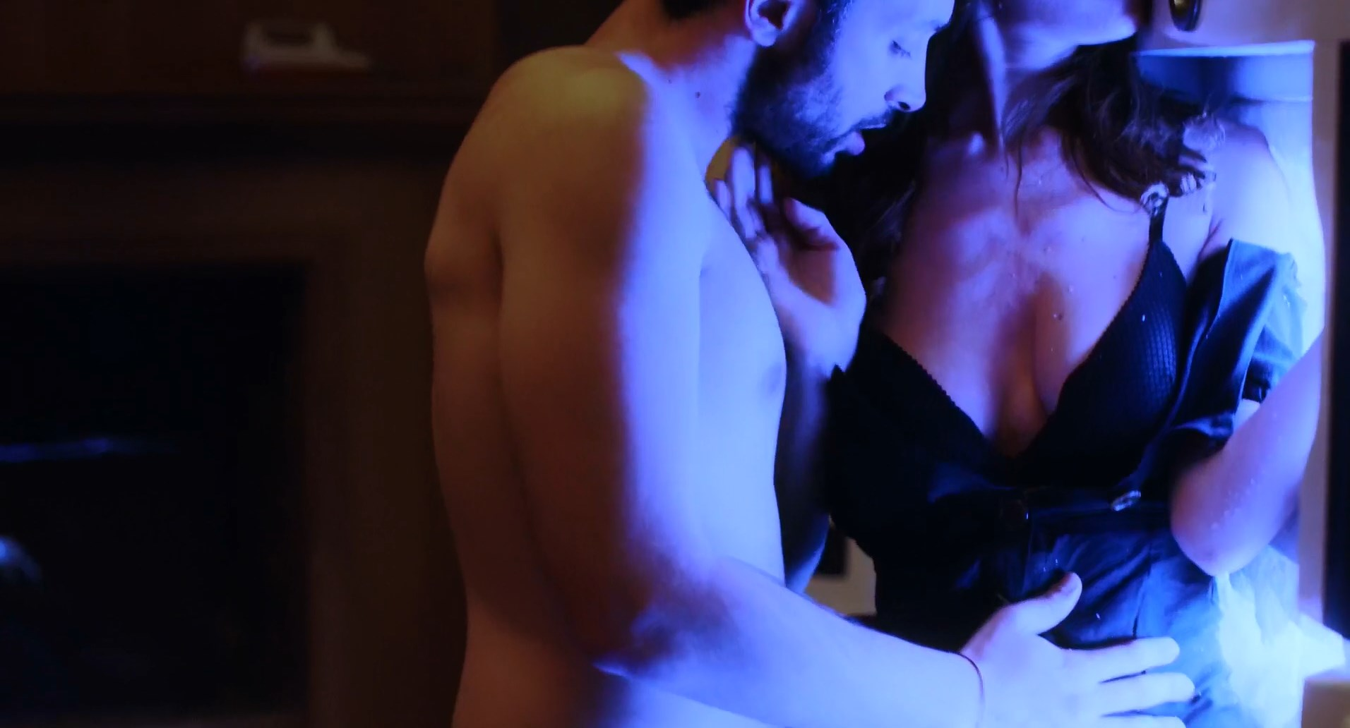 Doria Tillier nude - Yves (2019)
