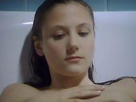 Tessa Szczeciniarz sexy - Poids plume (2005)