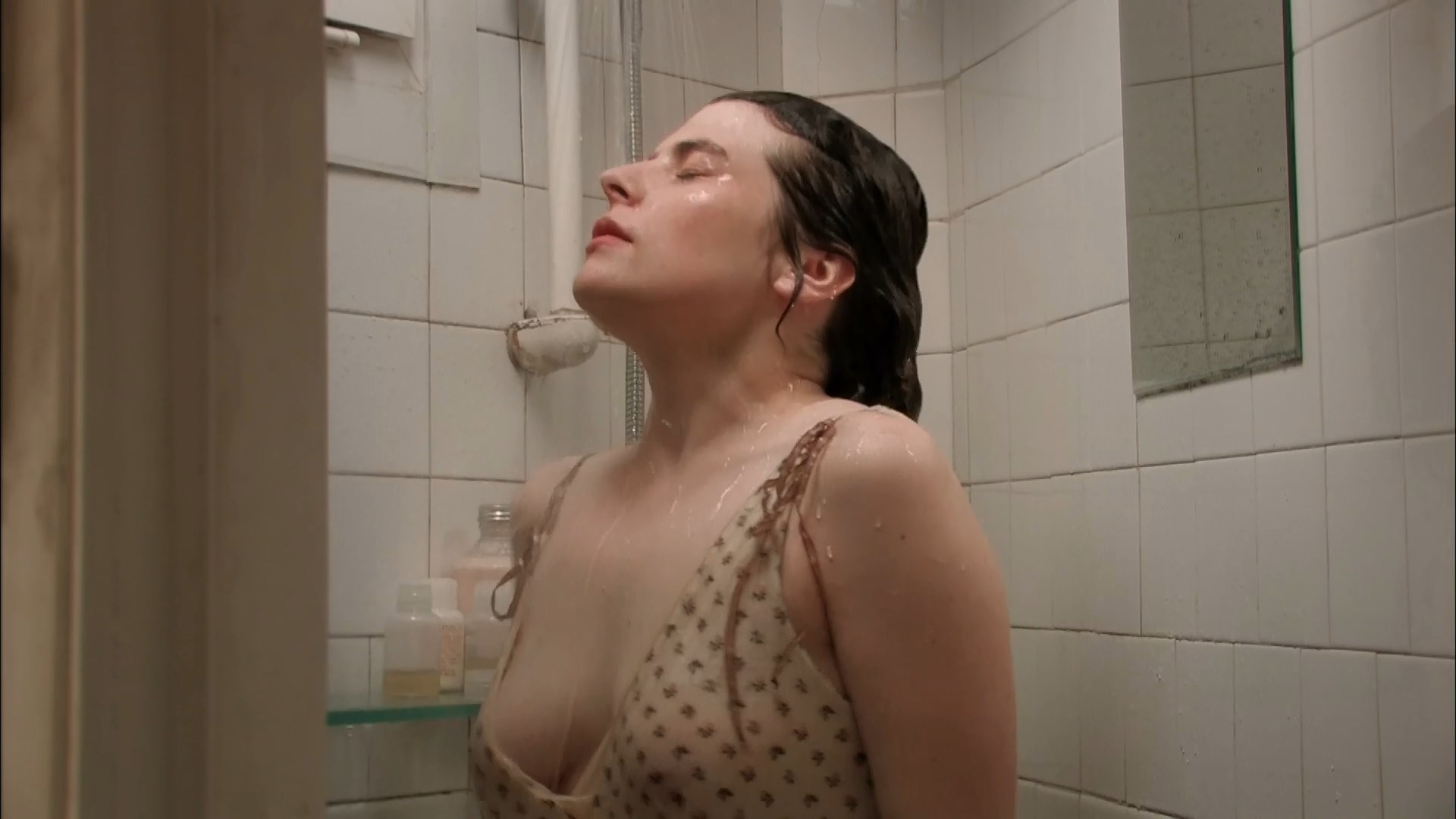Charline Paul sexy - A ma vue tu te derobes (2008)