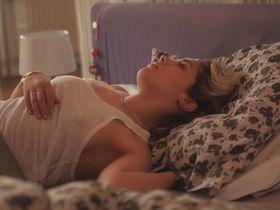 Alysson Paradis sexy - Un jour de lucidite (2014)