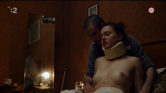 Rebeka Polakova nude - Cistic (2015)