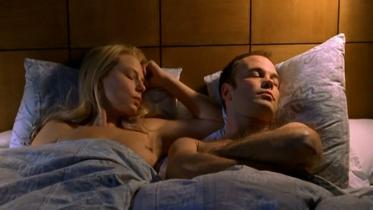 Helena Bergstrom nude - Sprangaren (2001)