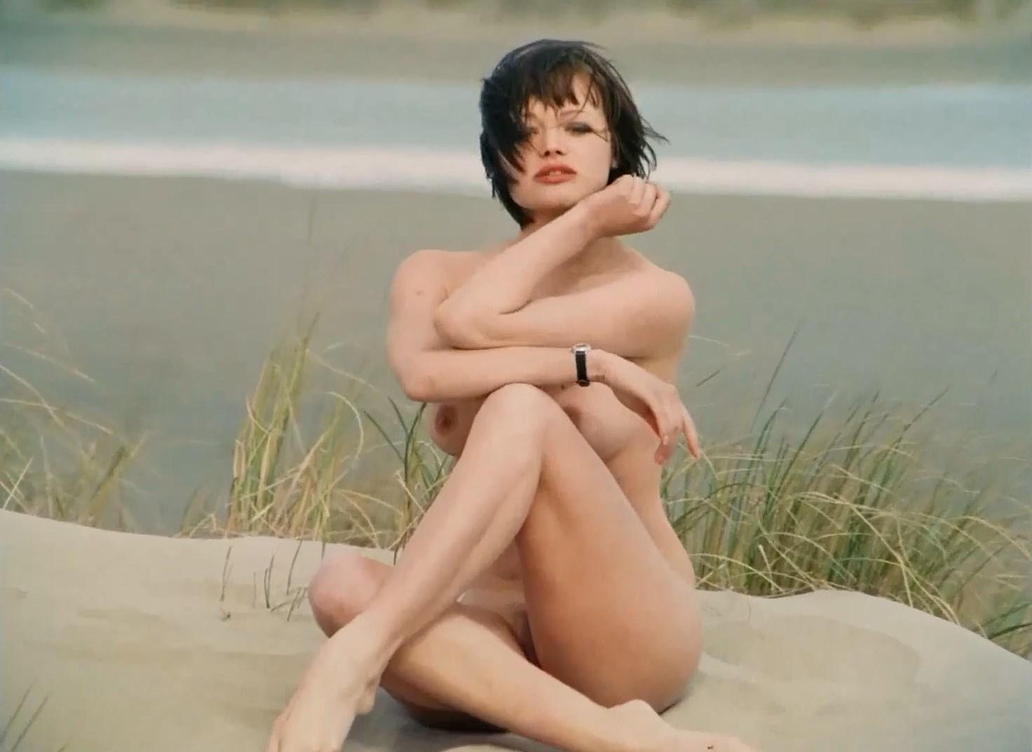 Andrea Rau nude - Eins (1971)