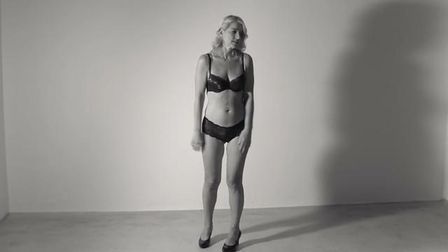 Fenja Ruhl nude - Die dunkle Kammer (2016)