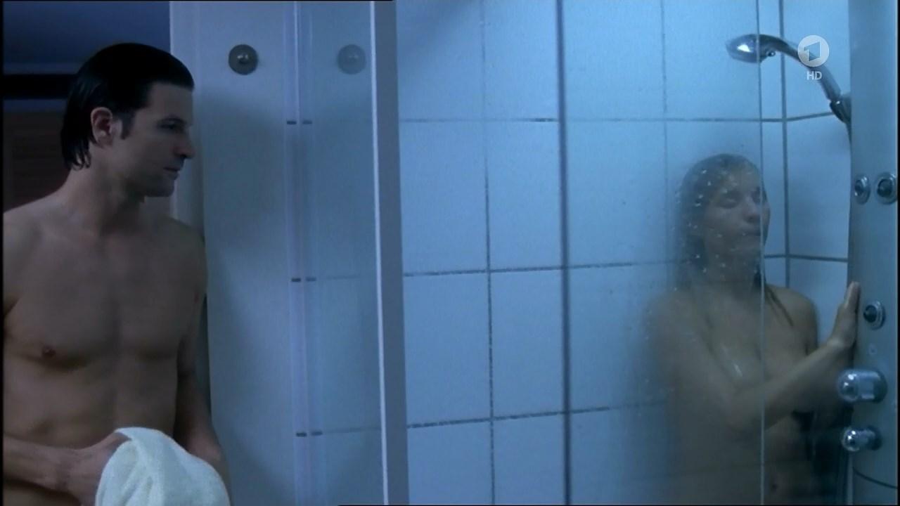 Nadja Uhl nude - Dornrooschen erwacht (2005)