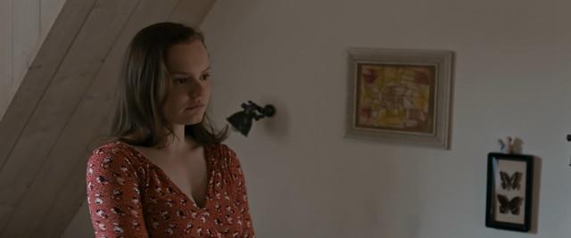 Maria Dragus nude - Verlorene (2018)