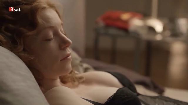 Marleen Lohse sexy - Die Tote ohne Alibi (2012)