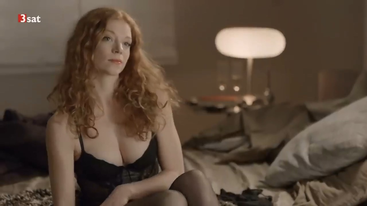 Topless marleen lohse Marleen Lohse