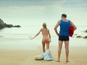 Julie Engelbrecht nude - Les vacances du petit Nicolas (2014)