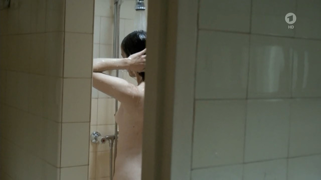 Annika Kuhl nude - Tatort e957 (2015)