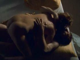 Suzanne von Borsody nude - Nicht ohne deine Liebe (2002)