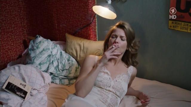 Valerie Niehaus sexy - Der Mann mit dem Fagott (2011)