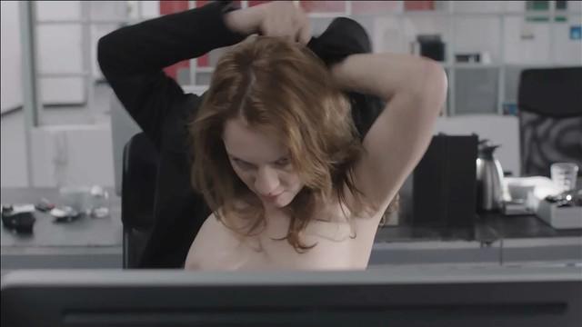 Daniela Schulz sexy - Rendezvous (2014)