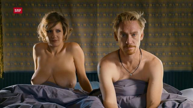 Vera Fluck, Barblin Leggio-Haenseler nude - Seitentriebe s02e01e07 (2019)