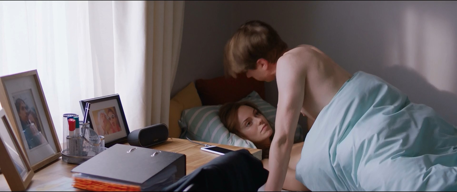 Hannah Tointon sexy - The Festival (2018)