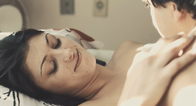 Ingrid Bonini nude - Luz Natural (2015)
