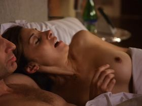 Callie Thorne nude - Californication s04e08 (2011)