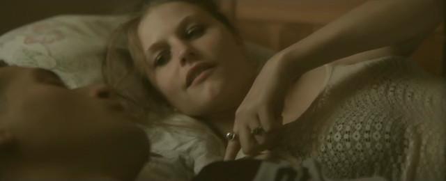Helena Coppejans sexy - Il n'y a pas sans toi (2011)