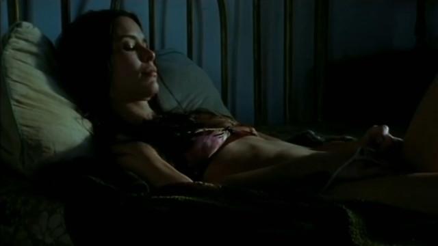 Carolina Presno sexy - Amancay (2006)