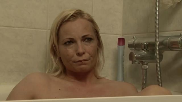 Iris Kristinsdottir sexy - 20% (2009)