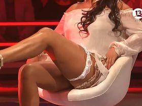 Marlen Olivari sexy - Vertigo (2013)