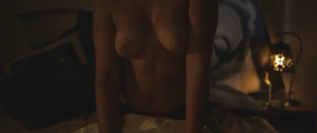 Rita do Vale Capela nude - Lazaro (2013)