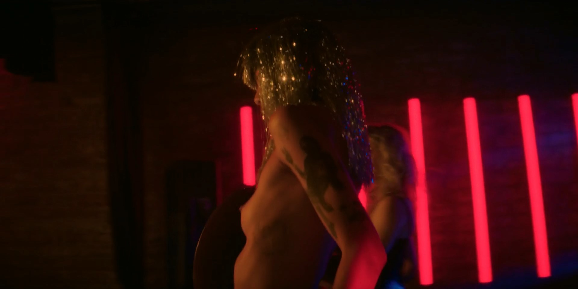 May Hongk nude - Tales of the City s01-02 (2019)