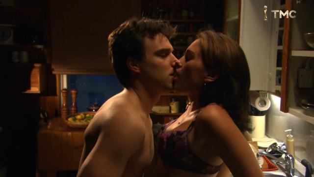 Amy Jo Johnson sexy - Fatal Trust (2006)