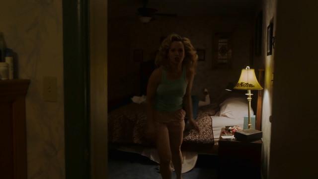 Amanda Clayton sexy - City on a Hill s01e03 (2019)