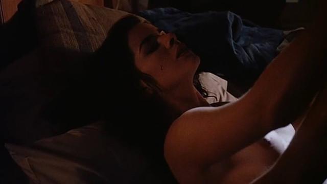 Marcia Gay Harden nude - Fever (1991)