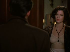 Marcia Gay Harden sexy - Miller's Crossing (1990)