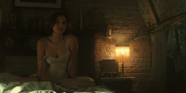 Emma Corrin sexy - Pennyworth s01e01 (2019)