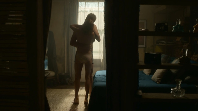 Emma Greenwell sexy - The Rook s01e04 (2019)