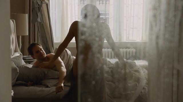 Vlada Verevko sexy - Suits s04e01 (2014)