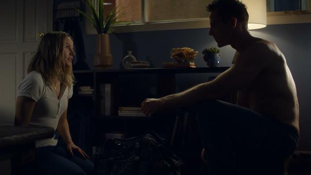 Kristen Bell sex - Veronica Mars s04e01 (2019)